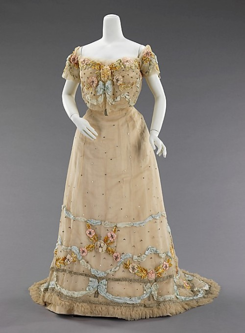Ball Gown Jacques Doucet, 1902 The Metropolitan Museum of Art