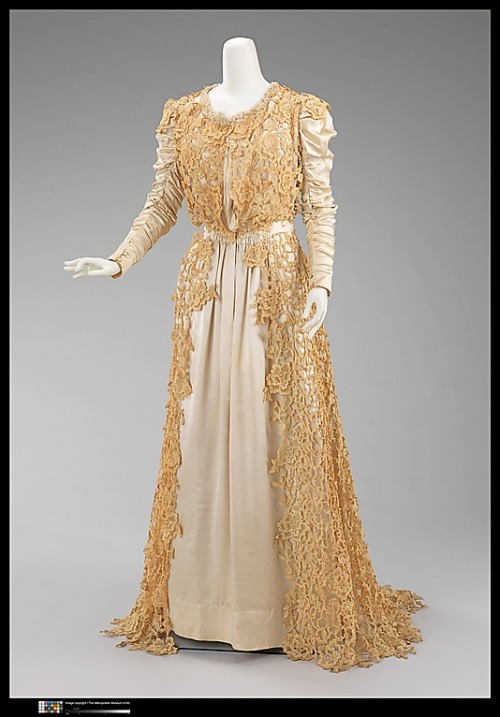 Tea Gown Jacques Doucet, 1907 The Metropolitan Museum of Art