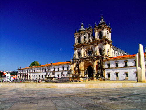 Mosteiro de Santa Maria de Alcobaça - Portugal by Valentino Luis ( Now in Maumere - Flores INDONESIA on Flickr.