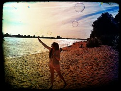 Beach bubbles