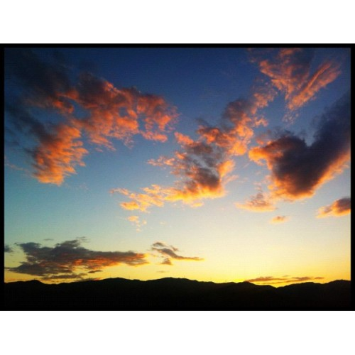 【图】现在的云。#kyoto #cloud #sunset #イマソラ (Instagramで撮影)