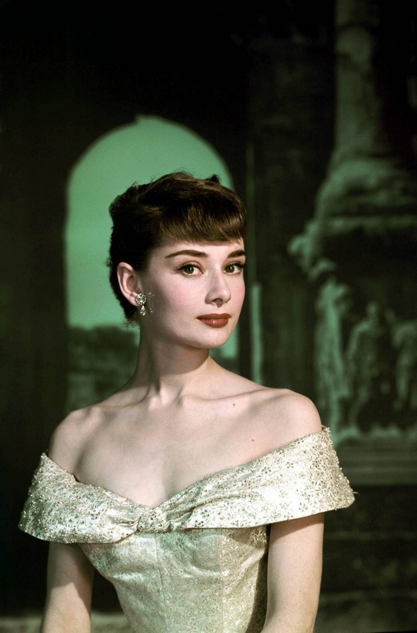 Audrey Hepburn promotional photo for 'Roman Holiday', 1953.