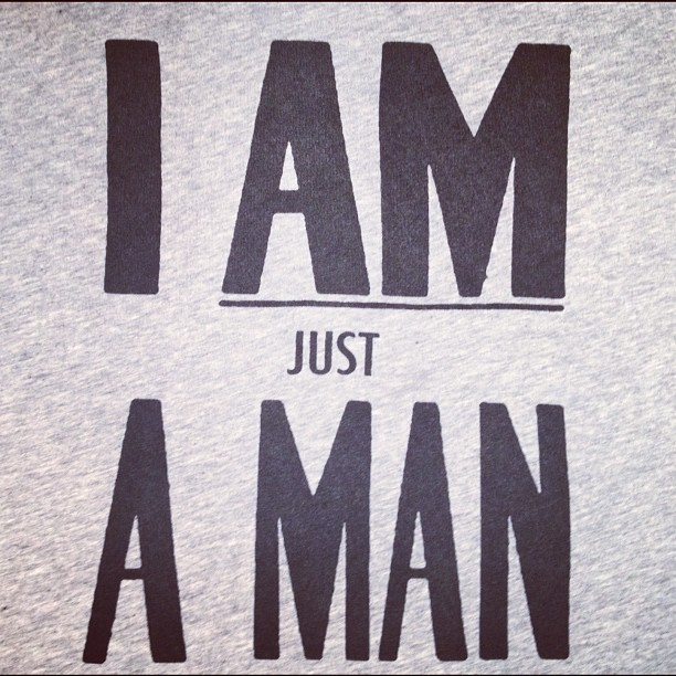 I am just a man! Tee-shirt OFFICINE GENERALE. (Pris avec Instagram)