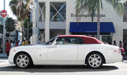 Spot on Starring: Rolls-Royce Phantom Drophead (by C. Arnoldy)