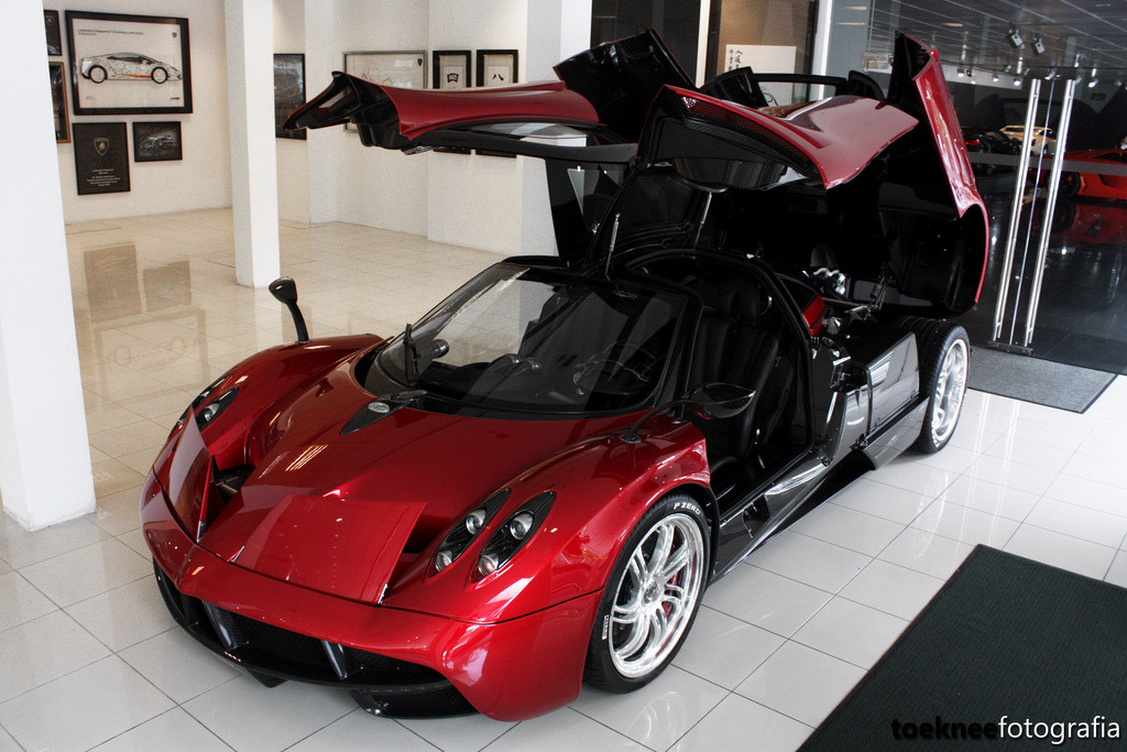 Pagani Huayra Singapore (by Tony Seow)