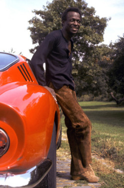 coolerthanbefore:  Miles Davis in New York, 1969, with his 1967 275 GTB/4, serial number 10669. And if you're a collector of any sorts, don't forget to check out www.thecollectionroom.com