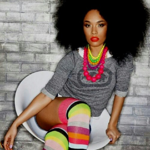 #LOVE this #style! #naturalhair #naturalhairdaily #teamnatural Major #SWAG! #manevip #bighair #afro #fro #jj #picstitch #ootd #photooftheday #model #sexy #pretty #beautiful #igaddict #igers #igdaily #Vibrant #colorful  (Taken with Instagram)