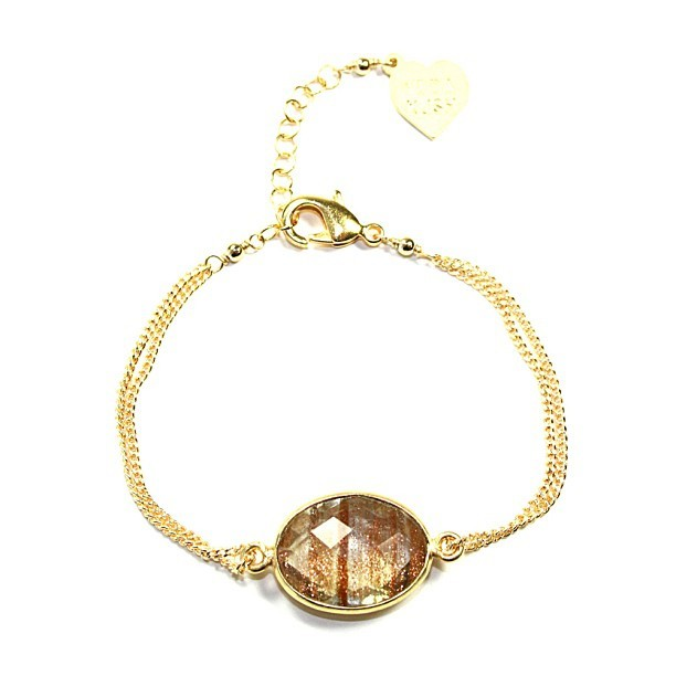 vidakush:  Gold gold gold. Rutilated Quartz gemstone bracelet www.vidakush.com (Taken with Instagram at www.vidakush.com)