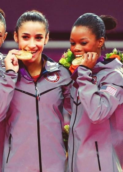 How did Team USA gymnasts Aly Raisman and Gabby Douglas finish on the balance beam competition at the London Olympics? Click the pic if you need to know now!
