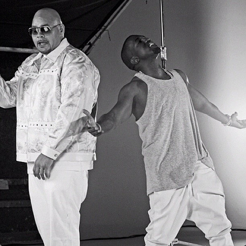 "ON SET:  FAT JOE + KANYE WEST (JADAKISS, MIGUEL, BUSTA) ""PRIDE N JOY"" (VIDEO) Dope photo @meldcole!"