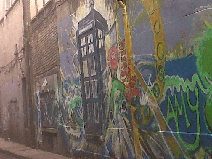 interrowham:  Not the best pic, but I saw this graffiti in Dublin city and had to get a pic. It's amazing.