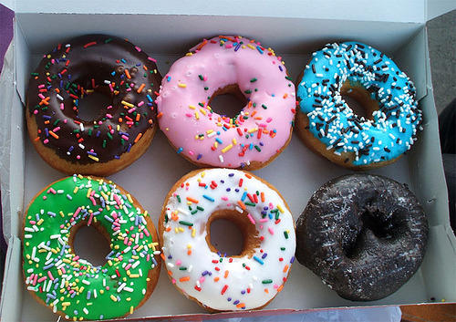 aka-donuts:  omg these look good