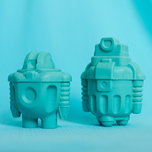 "(via The Resin and Vinyl Robotic Art of Cris Rose — Robotones / No.8: Turquoise Thunder / 3"" Resin Sprogs) This month's colour is now on sale!"