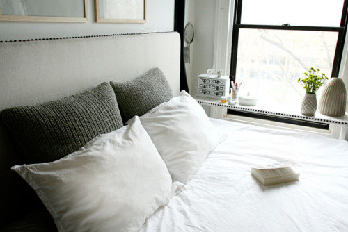 these pillows look so comfy (via desire to inspire)