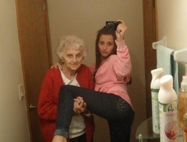 bonushumor:  grandma just hold the fuckin leg do u wanna be tumblr famous or not