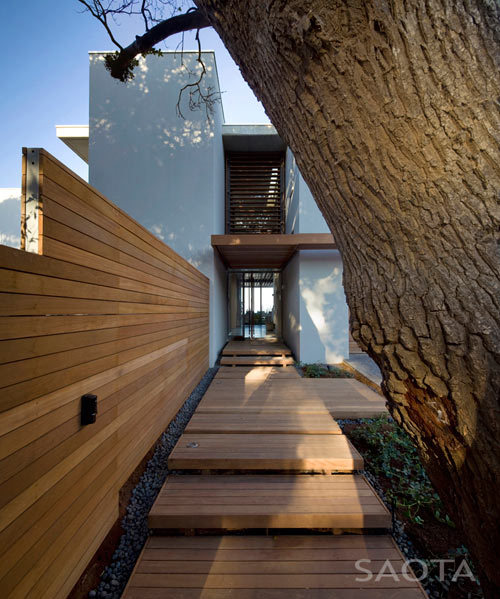 justthedesign:  justthedesign: Entrance, House By SAOTA