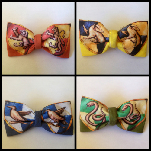 NEW ETSY SHOP: http://www.etsy.com/shop/tessaroxx NEW BOWTIES (or hairbows at your request). Gryffindor: https://www.etsy.com/listing/106286086/gryffindor-bowtie Hufflepuff: https://www.etsy.com/listing/106287850/hufflepuff-bowtie Ravenclaw: https://www.etsy.com/listing/106288514/ravenclaw-bowtie Slytherin: https://www.etsy.com/listing/106289088/slytherin-bowtie TAKE THAT MARTHA STEWART. I AM CRAFTY AS FUCK.  10 DOLLARS EACH. BUY THEM SO I CAN BUY MORE WIGS.