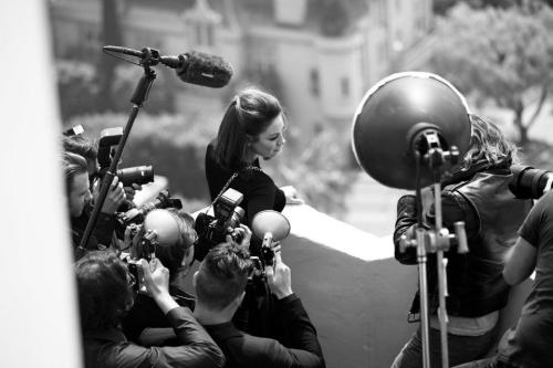 Making of Miss Dior, Otoño/Invierno 2012. click the picture to read the full history…