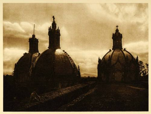 "Church of ""El Carmen"" in San çngel, Mexico, 1925 by Hugo Brehme"