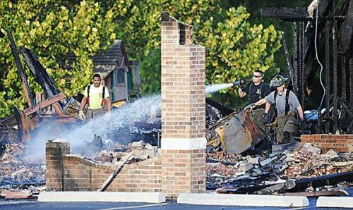 Authorities begin investigation of second fire at Joplin mosque Investigators from the FBI, Bureau of Alcohol, Tobacco, and Firearms, and Jasper County Sheriff's Department have begun investigating the remains of the Islamic Society of Joplin Mosque for signs of arson. Officials have confirmed that surveillance equipment was destroyed in the fire, and it is unlikely that video evidence will emerge. Here's some quick info on the rewards offered for information: $10,000 reward offeredby The Council on American-Islamic Relations for information leading to a conviction $15,000 reward offered by the FBI for information on the July arson suspect who was caught on camera SOURCE (Photo via Tonawanda News) Follow ShortFormBlog: Tumblr, Twitter, Facebook