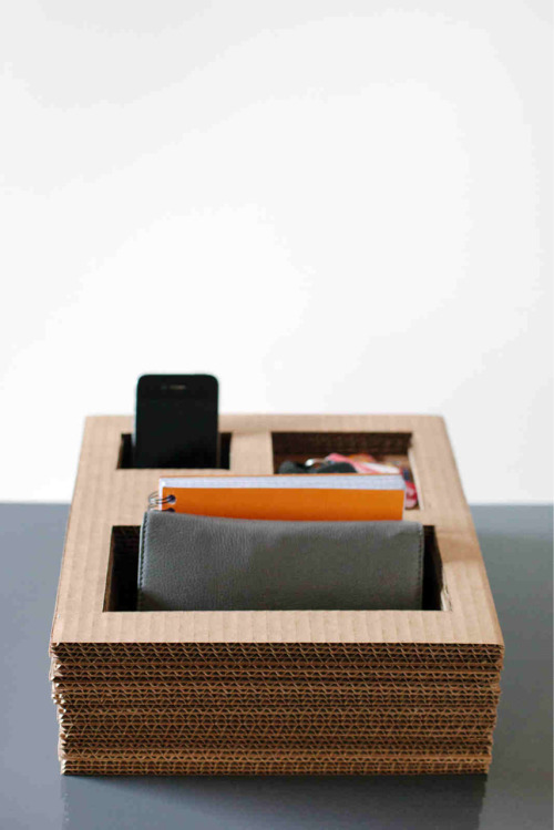 pixiedustcrafts:  Upcycle cardboard boxes into a personal storage box. Eco friendly idea, and paintable. http://www.designformankind.com/2012/05/makekind-11/