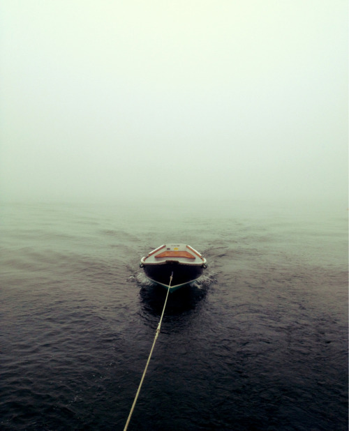 cwheelr:  Skiff in the fog