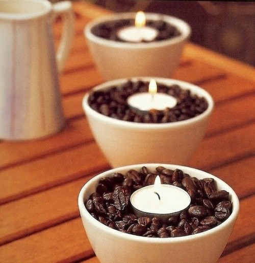 craftandcreate:  DIY Coffee Bean Candle Holder… No tools needed— just some coffee beans, candles, and a bowl mug!