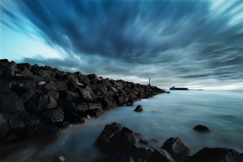 starsarewhereweallbelong:  1xTheBlueStorm by  David.Keochkerian  on Flickr.