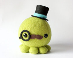 mymorningcoffeee:  An adorable handmade moustache octopus plush with a top hat and monocle by cheekandstitch. For more quirky handmade finds, go here.