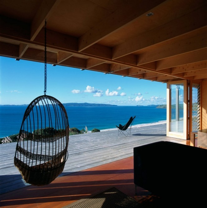 homedesigning:  (via Container-like Bach in Coromandel)