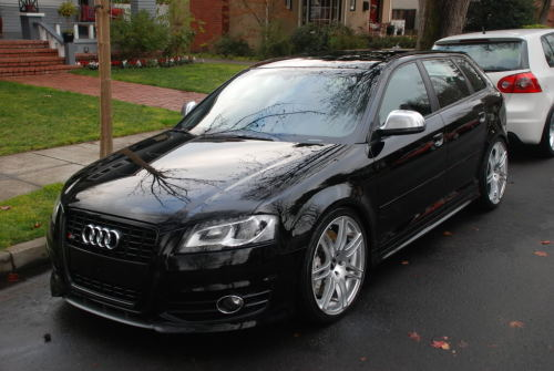 OMG Audi RS3's look SO mean