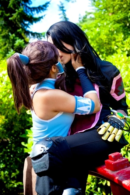 ai-rika:  Because you guys are AWESOME, more Korrasami yussssss Asami Korra Photog Bolin behind the scenes lolol.