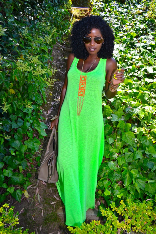 superebonybabes:  goldenmacaron:  from Style pantry  Super Ebony Babe? Submit here —-> SuperEbonyBabes || TUMBLR