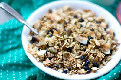Blueberry pistachio granola recipe