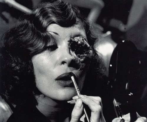 Behind the scenes image of Faye Dunaway getting her makeup done for her final scene in Chinatown. Beauty & gruesome. Feel I may be getting some Halloween inspiration….