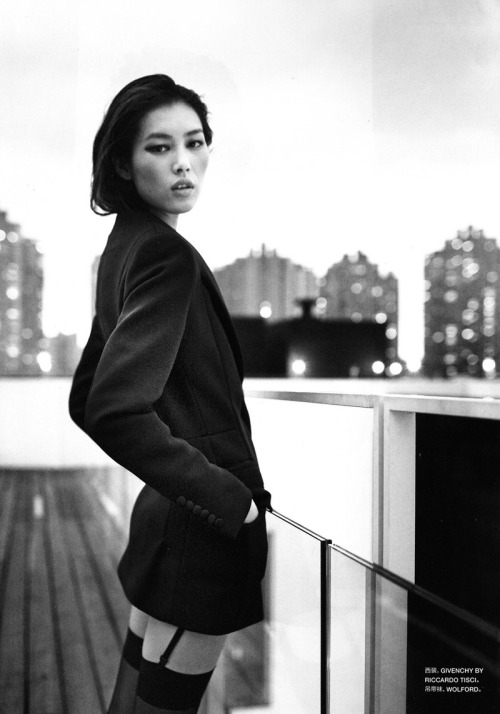 sinolia:  Liu Wen by Tiziano Magni, fo Numero China october 2010