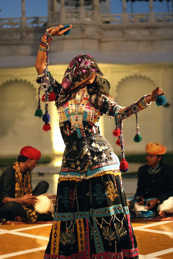 indiaincredible:  Rajasthani Folk Dancer