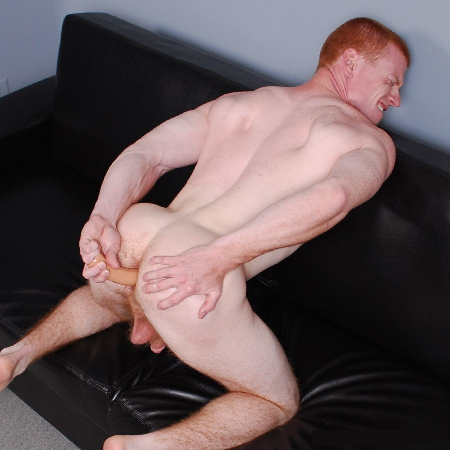 wetdreamoblackdom:  Getting that ginger pussy ready!