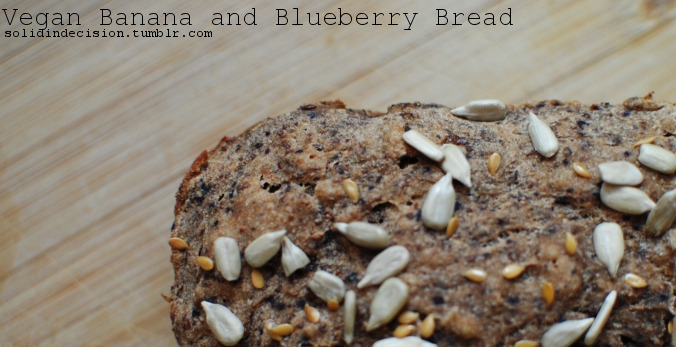 solidindecision:  Vegan Banana & Blueberry Bread Click images for instructions. Ingredients: 2 cups whole wheat flour 2 cups pureed banana (about 4) 1 tsp baking powder 1 tsp cinnamon 1/2 tsp baking soda 1/2 tsp salt 1/2 cup pureed blueberries  2 tbsp flax seed powder + 6 tbsp water 1-2 tbsp sesame seeds  looks goood