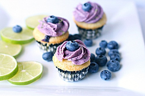 lime blueberry cupcakes.