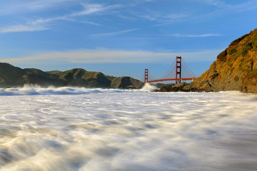 justtw0kidsstupidandfearless:  My Golden Gate by Edwin Martinez