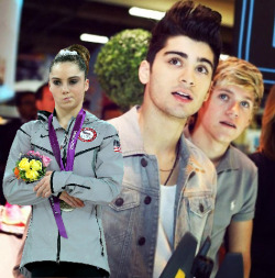 mckaylaisnotimpressed:  whatever Zayn and Niall are looking at, McKayla is not amused.  hehe. look at that quiff!