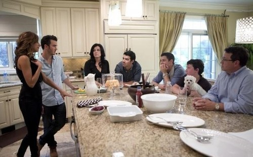 New Married To Jonas Promo Pic.
