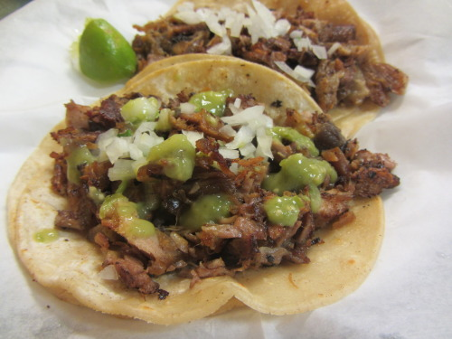 "mexicanfoodporn:  Finding amazing carnitas tacos at tiny carnicerias in Kansas City, MO  UGH, it's 8:15 am here where I live and I'm hungry already, this whole week I've been cooking the daily three meals for my family, also I'm on a ""diet"" but I want this taquitos so bad, buhuhu. TAKE ME TO EAT TACOS DE CARNITAS PLS!!!"