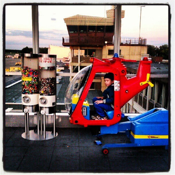 Captain Clark #airport #observation deck (Taken with Instagram at Noris Sky Lounge)