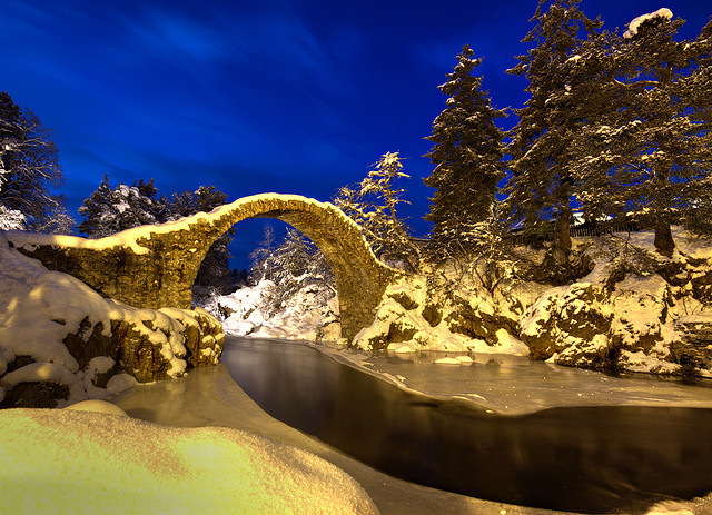 absolutescotland:  The Packhorse Bridge - Carrbridge by freeskiing on Flickr.
