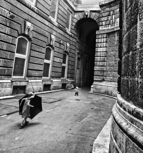 Dion Palinckx, Entering the Void, Budapest, Hungary, 2012