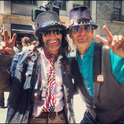These guys #american #peace #sanfrancisco #rachelsladder  (Taken with Instagram)