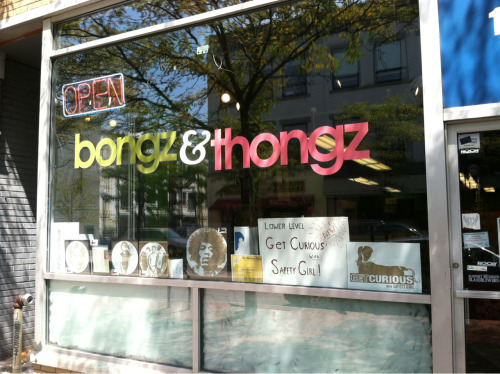 bourgs:  For Hannah!  Yeah! BONGZ & THONGZ.