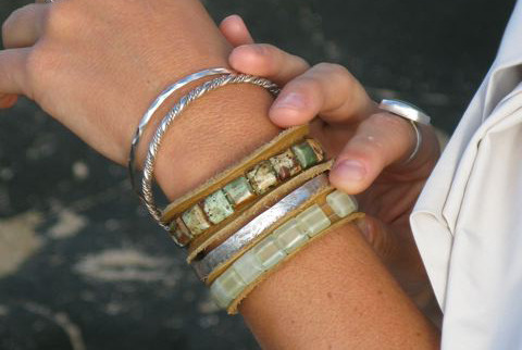 Gratitude bracelets by AbaciCounting your blessings, one gem at a time…..www.gratittudebyabaci.com